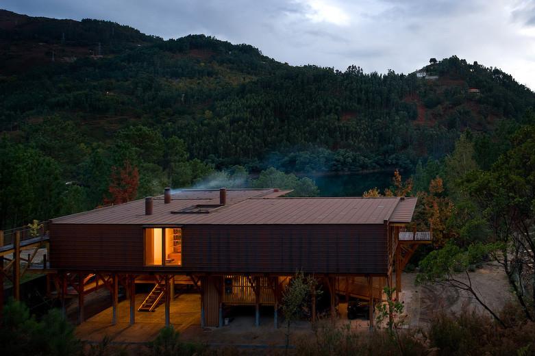 Casa Adpropeixe / Carlos Castanheira & Clara Bastai, © FG+SG - Fernando Guerra, Sergio Guerra