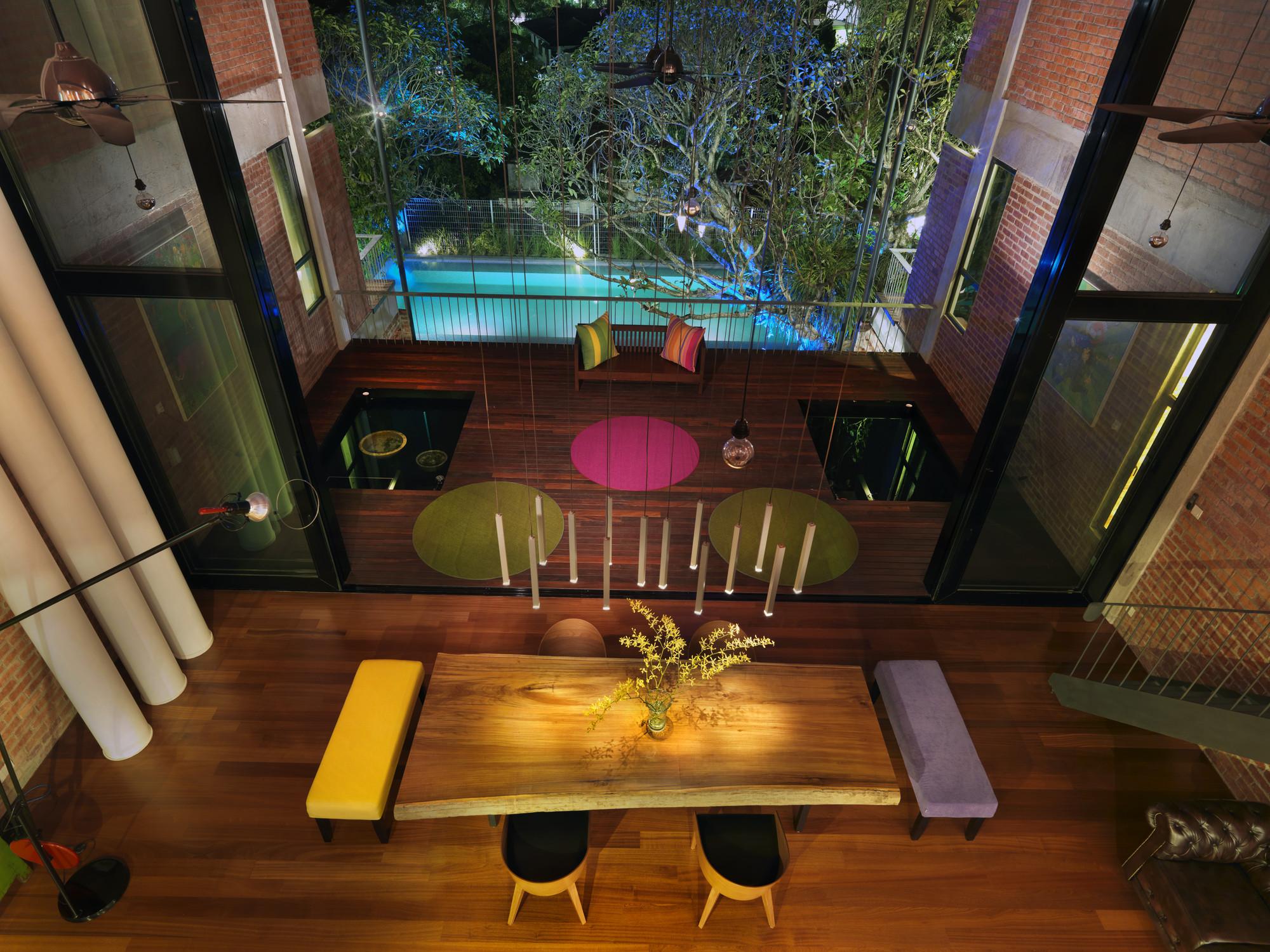 S11 House / ArchiCentre