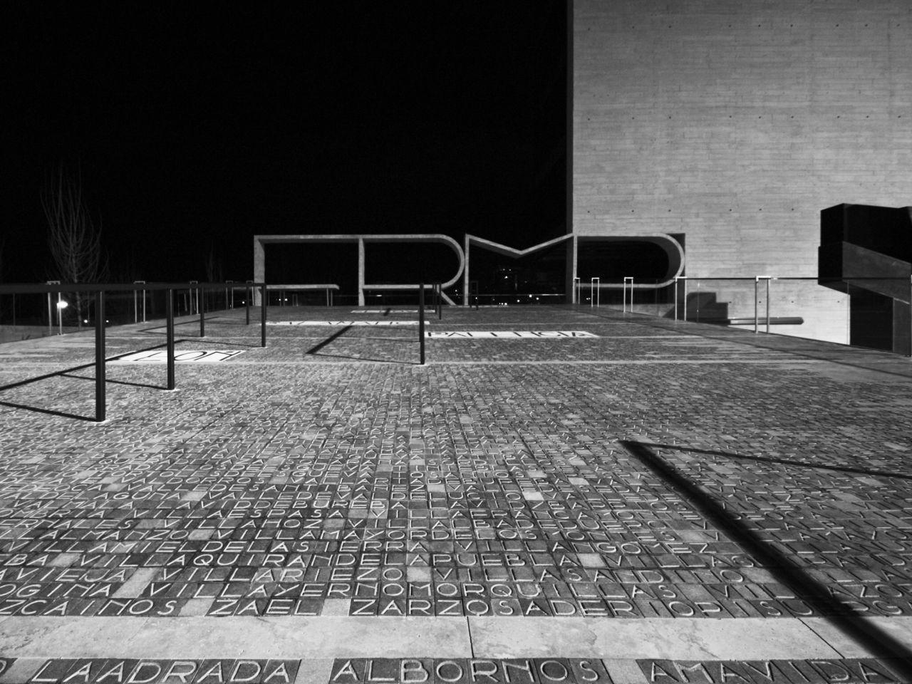 FRMP publication material / A E I O U arquitectos