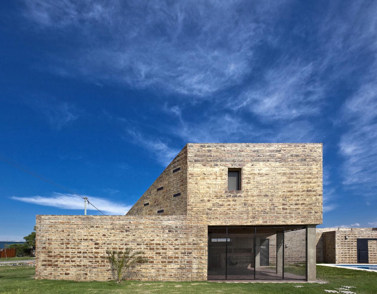 Casa Alejandra / Cekada-Romanos Arquitectos, © Walter Salcedo