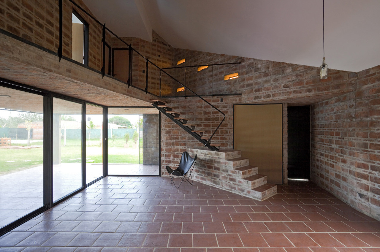 Alejandra House / Cekada-Romanos Arquitectos
