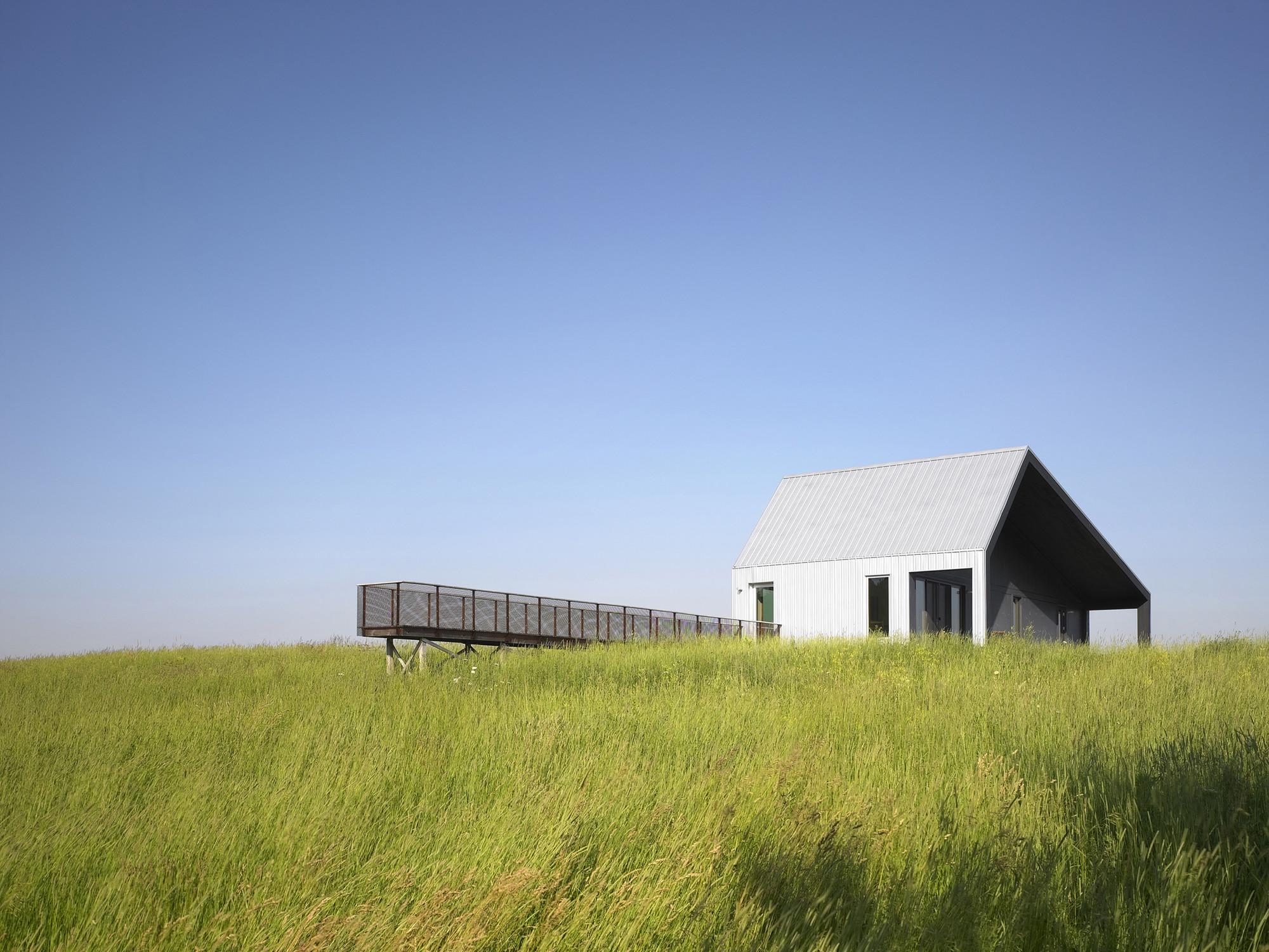House on Limekiln Line  / Studio Moffitt