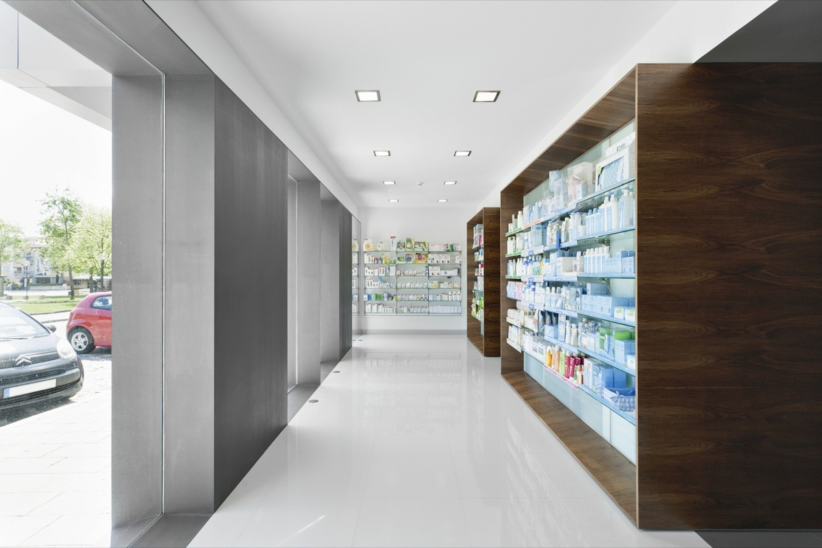 Campos Pharmacy / e|348 Arquitectura, © ITS – Ivo Tavares Studio