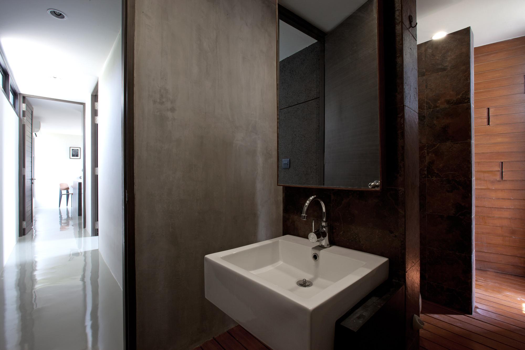 W House / IDIN Architects