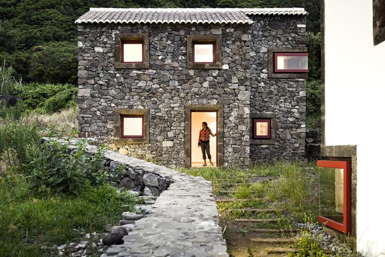 Centro de Interpretación Ambiental en la Isla de São Jorge / Ana Laura Vasconcelos, © Fernando Guerra | FG+SG