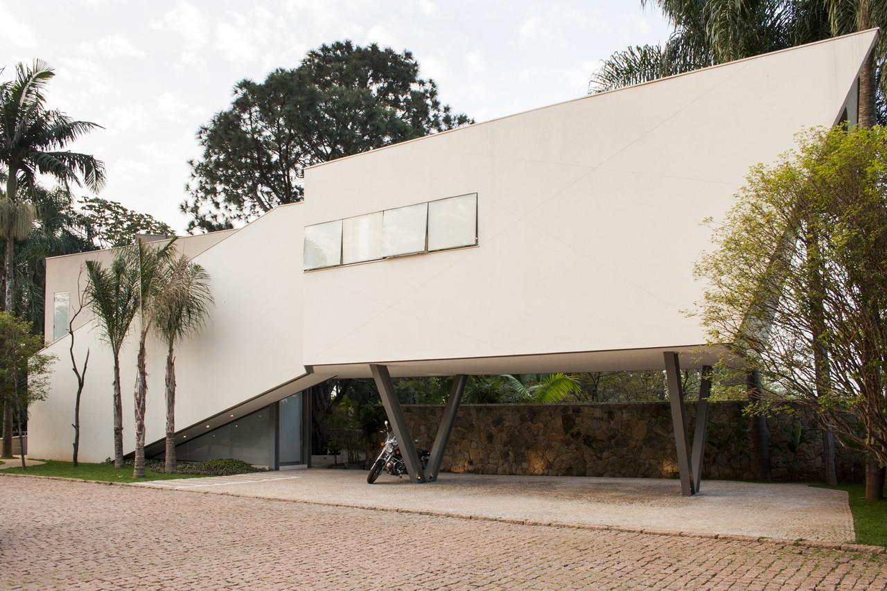 Offset House / Shieh Arquitetos Associados, © Fernando Stankuns