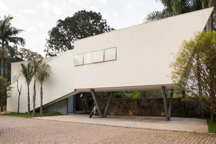 Casa Offset / Shieh Arquitetos Associados, © Fernando Stankuns