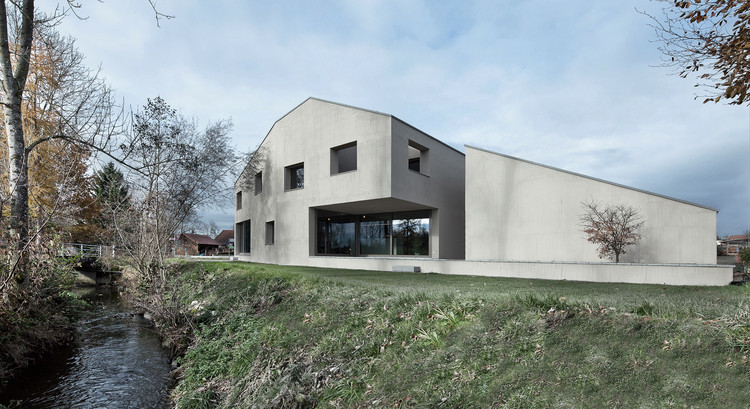 Haus am Bach / Dolmus Architekten, © Aytac Pekdemir