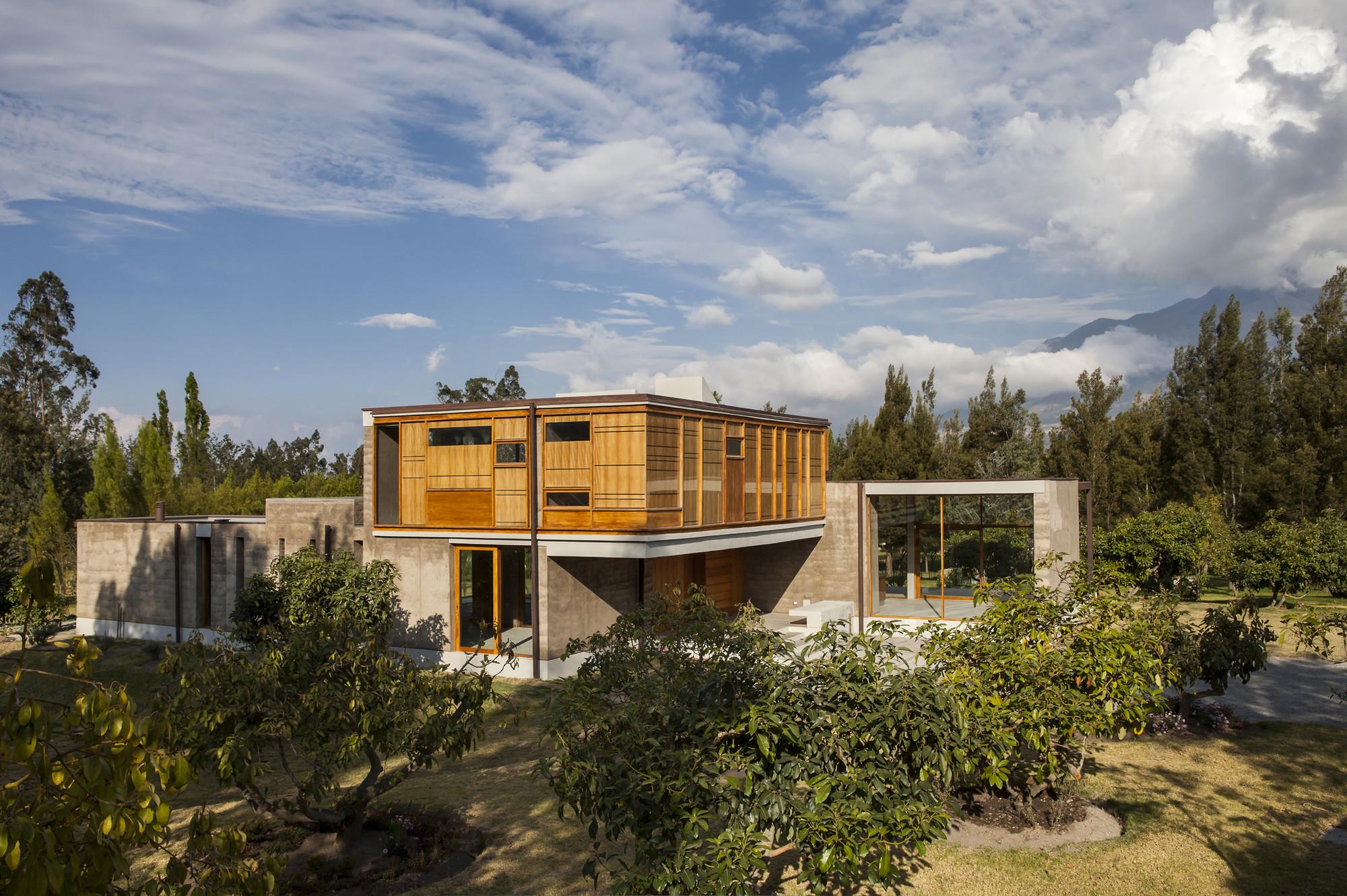 Cotacachi House / Arquitectura X, © Sebastián Crespo