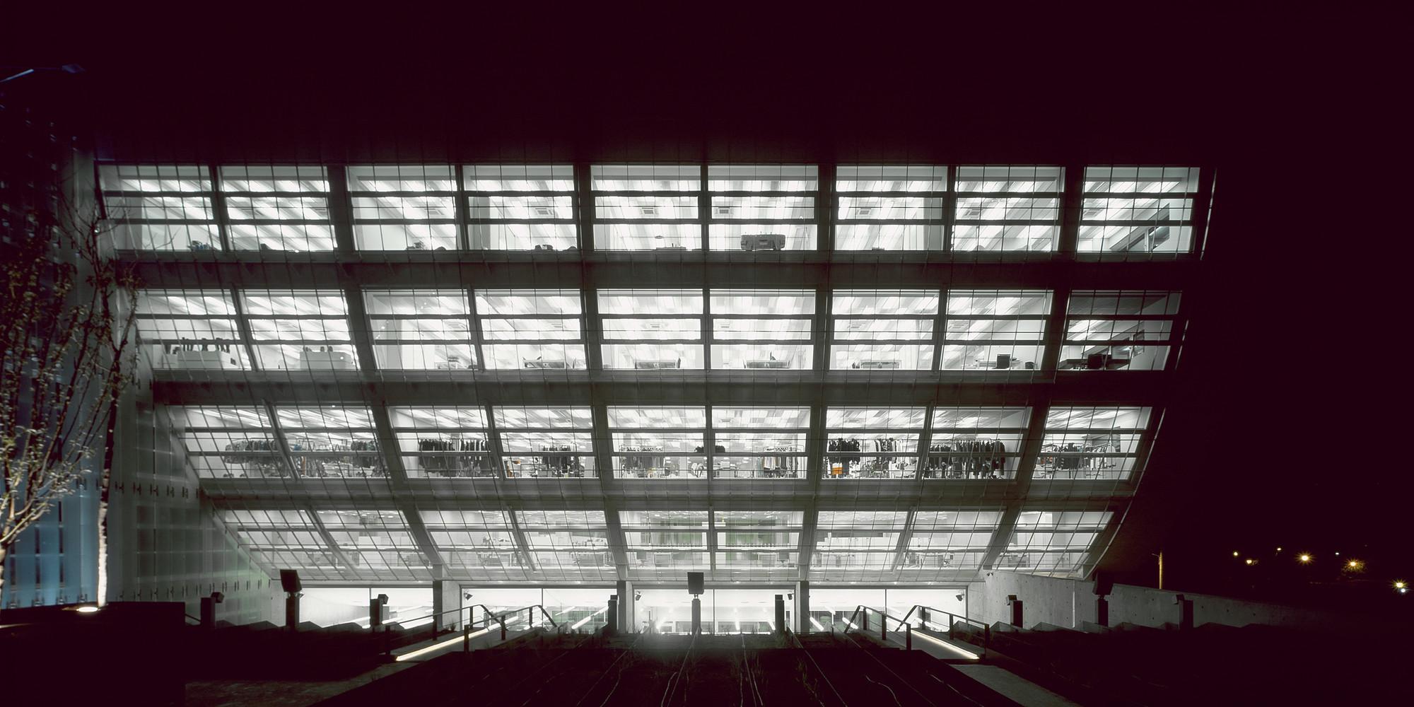 Shop & Trade / Kokkinou-Kourkoulas Architects