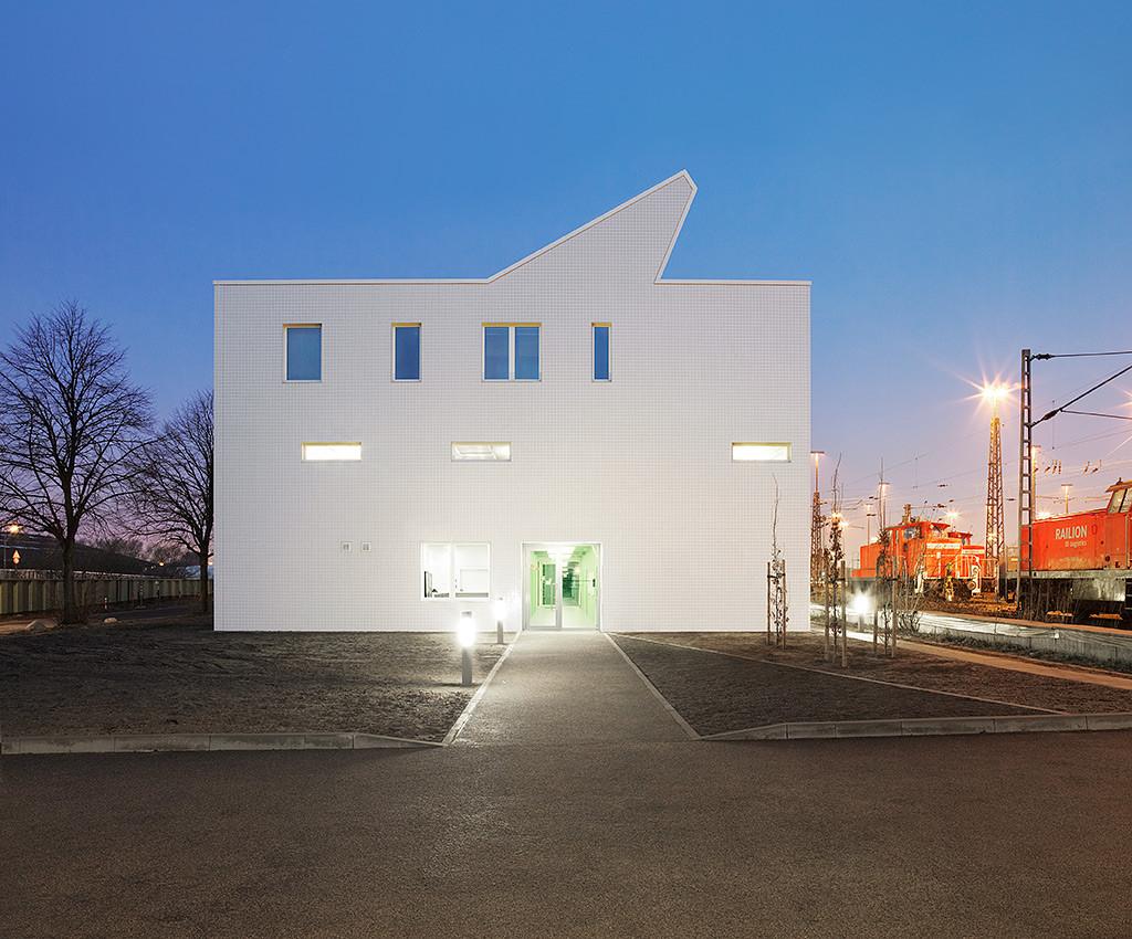 Railway Service Building / blauraum, © Martin Schlüter