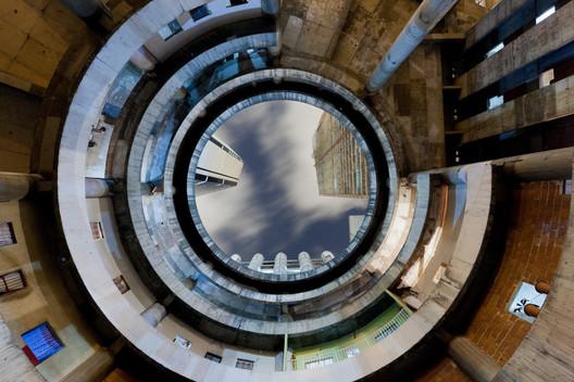 """Confinanzas 1964: """"Torre De David in Caracas, Venezuela"""" © Iwan Baan, Images courtesy of Perry Rubenstein Gallery"""