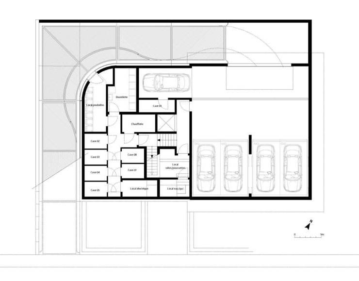 7 Units Housing Building / Metaform Architecture