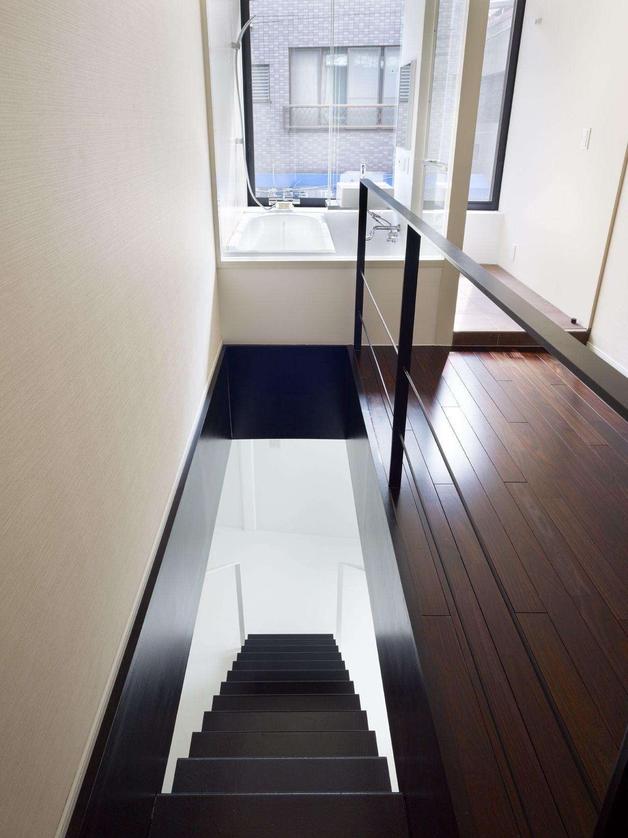 XYYX Apartment / Naf Architect & Design