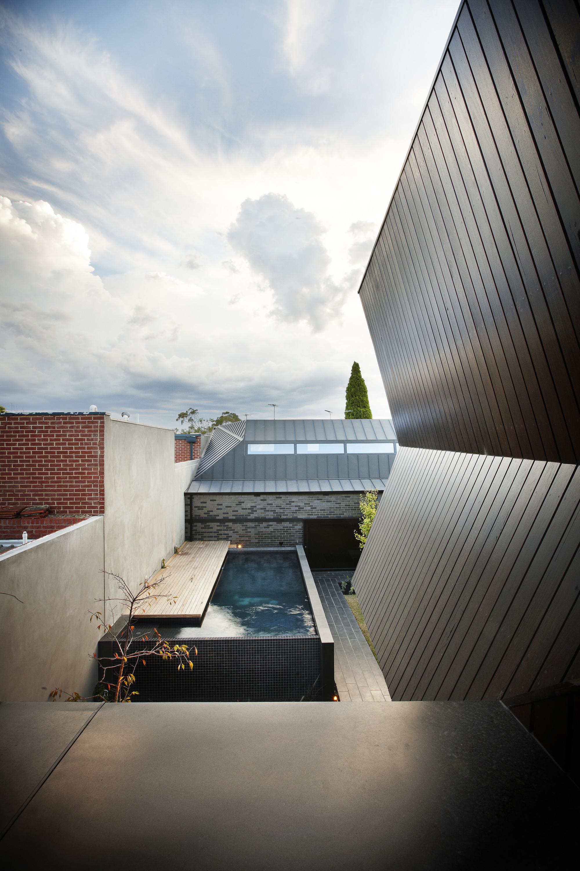 Enclave House / BKK Architects