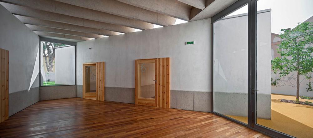 Can Feliç Nursery / Estudio Fernández-Vivancos