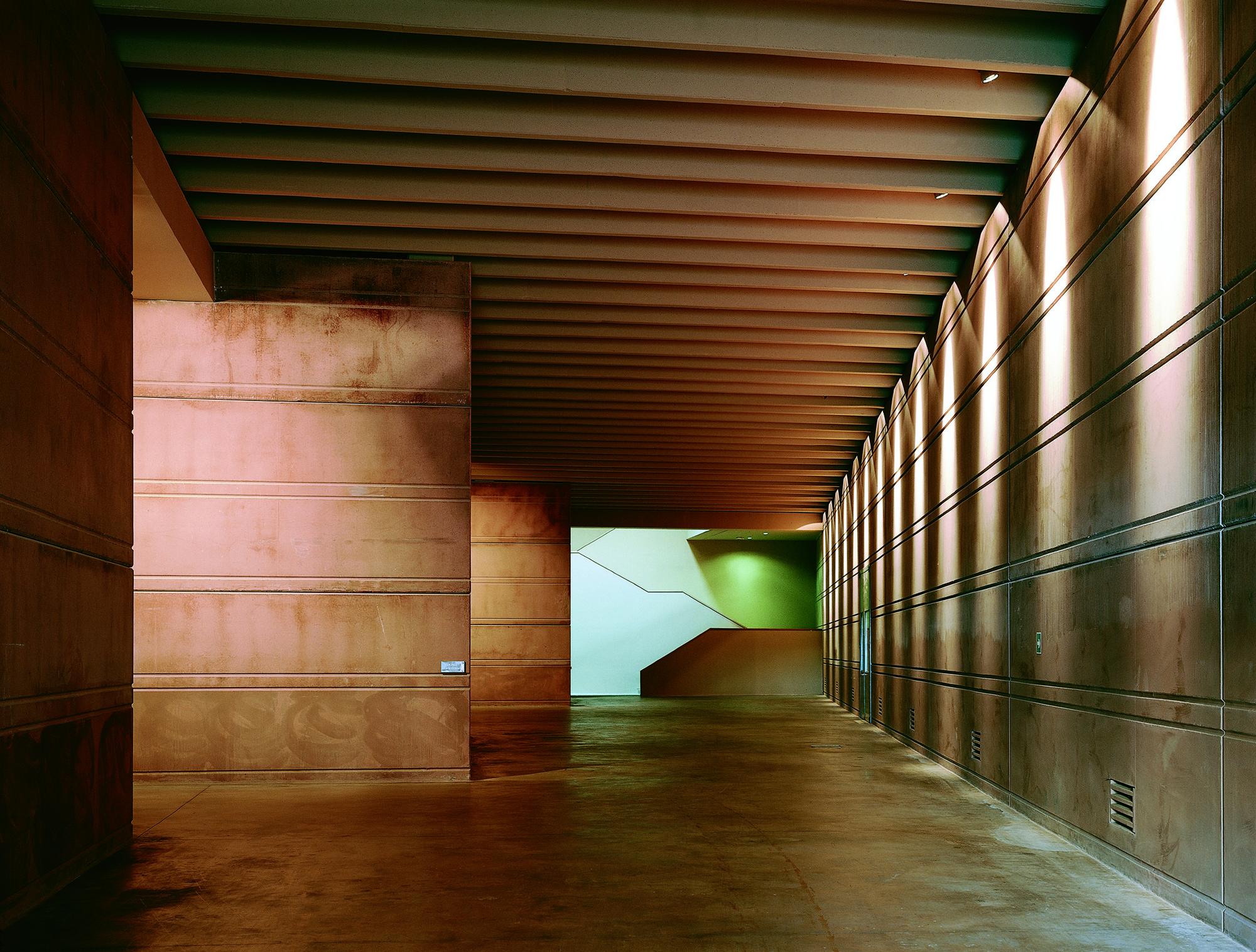 Campo Viejo Winery / Ignacio Quemada Arquitectos