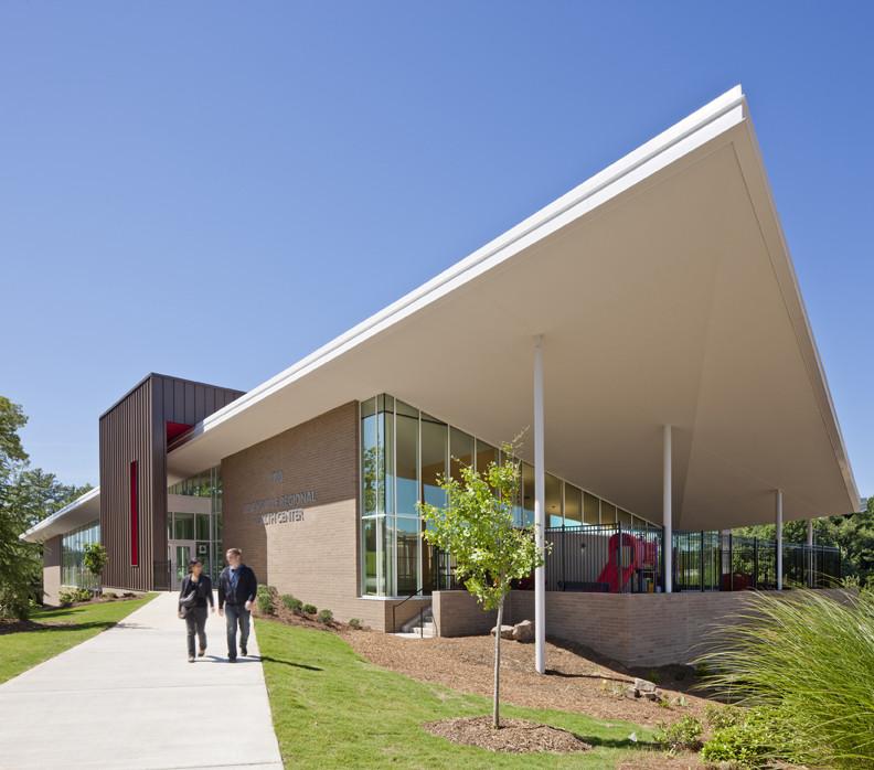 Adamsville Regional Health Center / Stanley Beaman & Sears