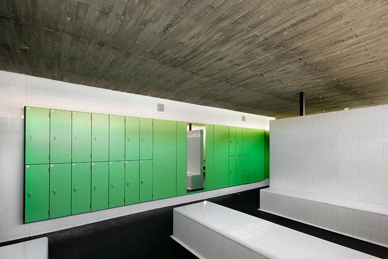 Vallpala Sports Centre / Vicente Salvador Arquitecto + Ignacio Vidal Arquitecto
