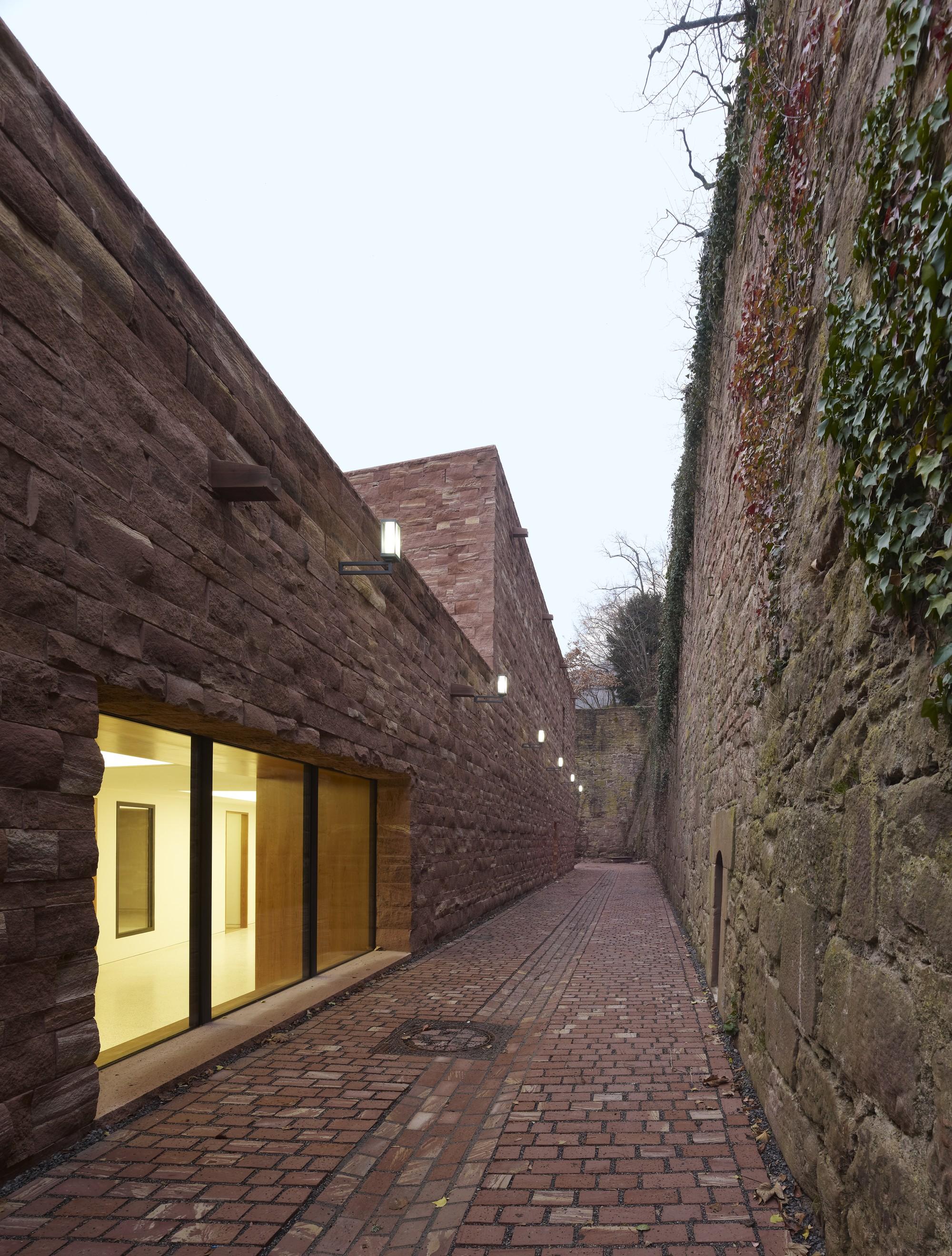 gallery of heidelberg castle max dudler architekt 7. Black Bedroom Furniture Sets. Home Design Ideas