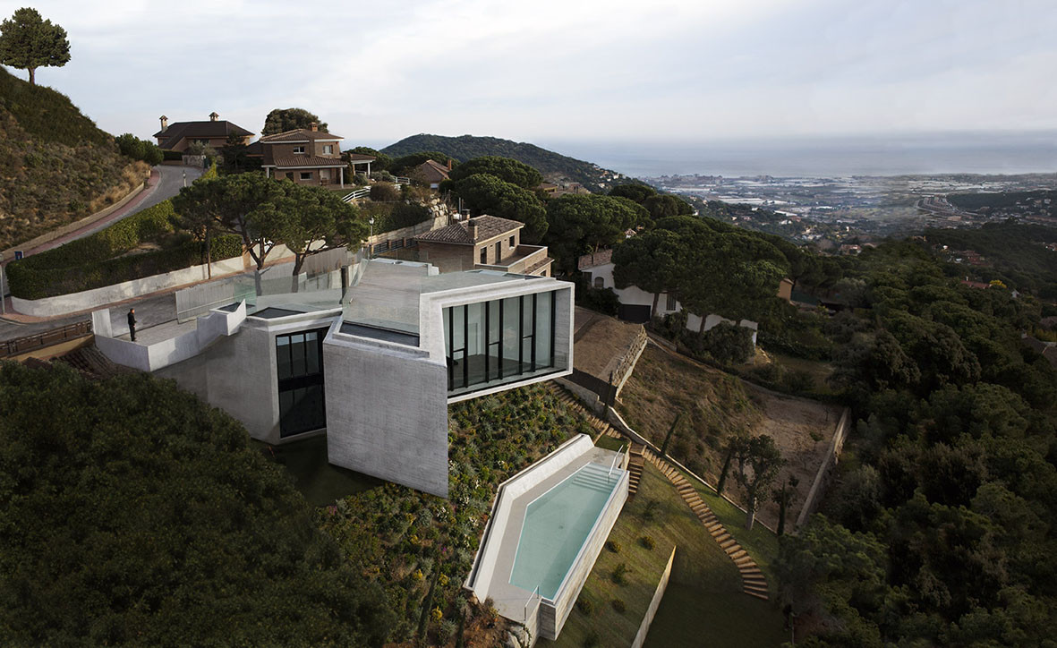 X house cadaval sol morales archdaily for Picture of house