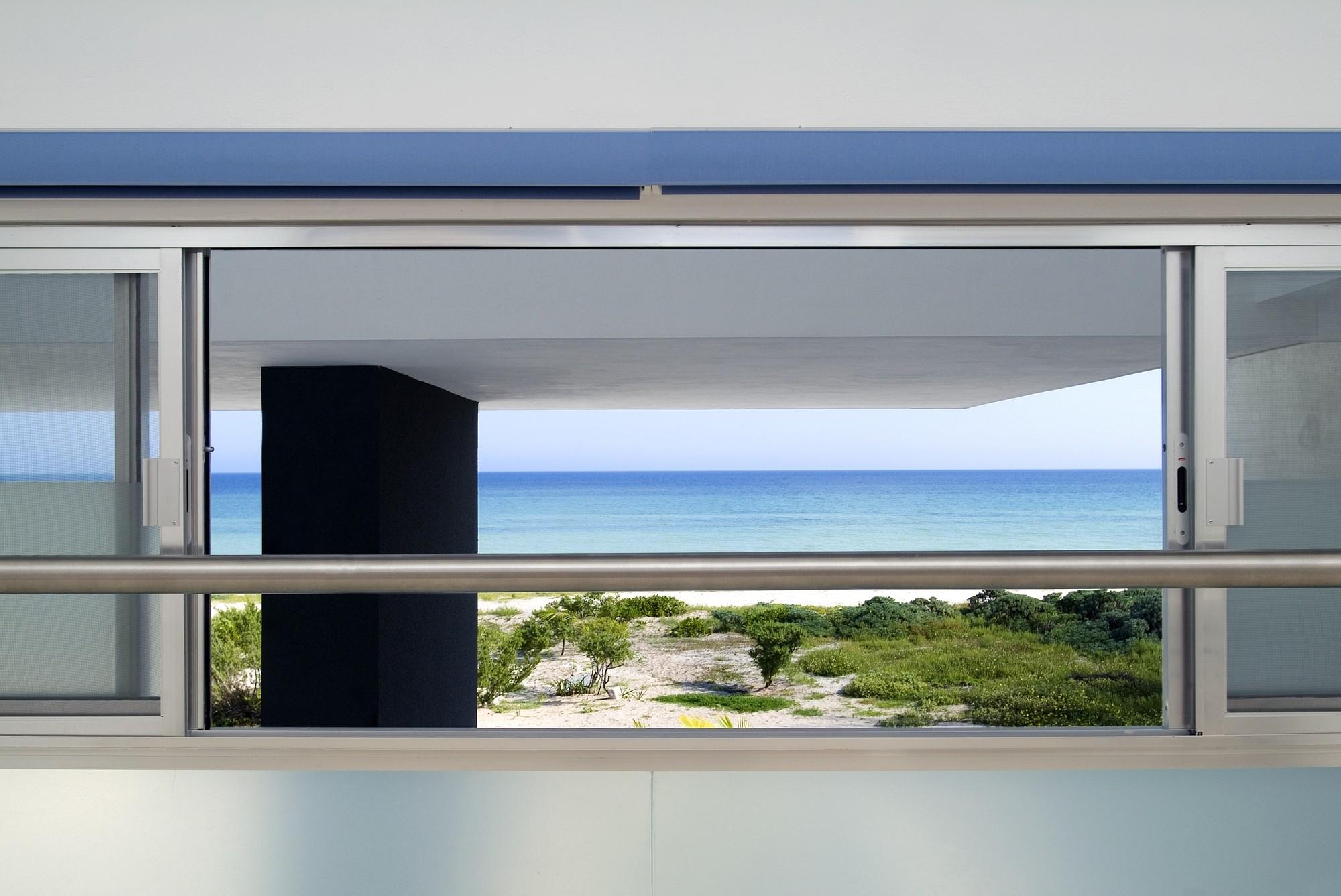 Stepped House / Seijo Peon Arquitectos