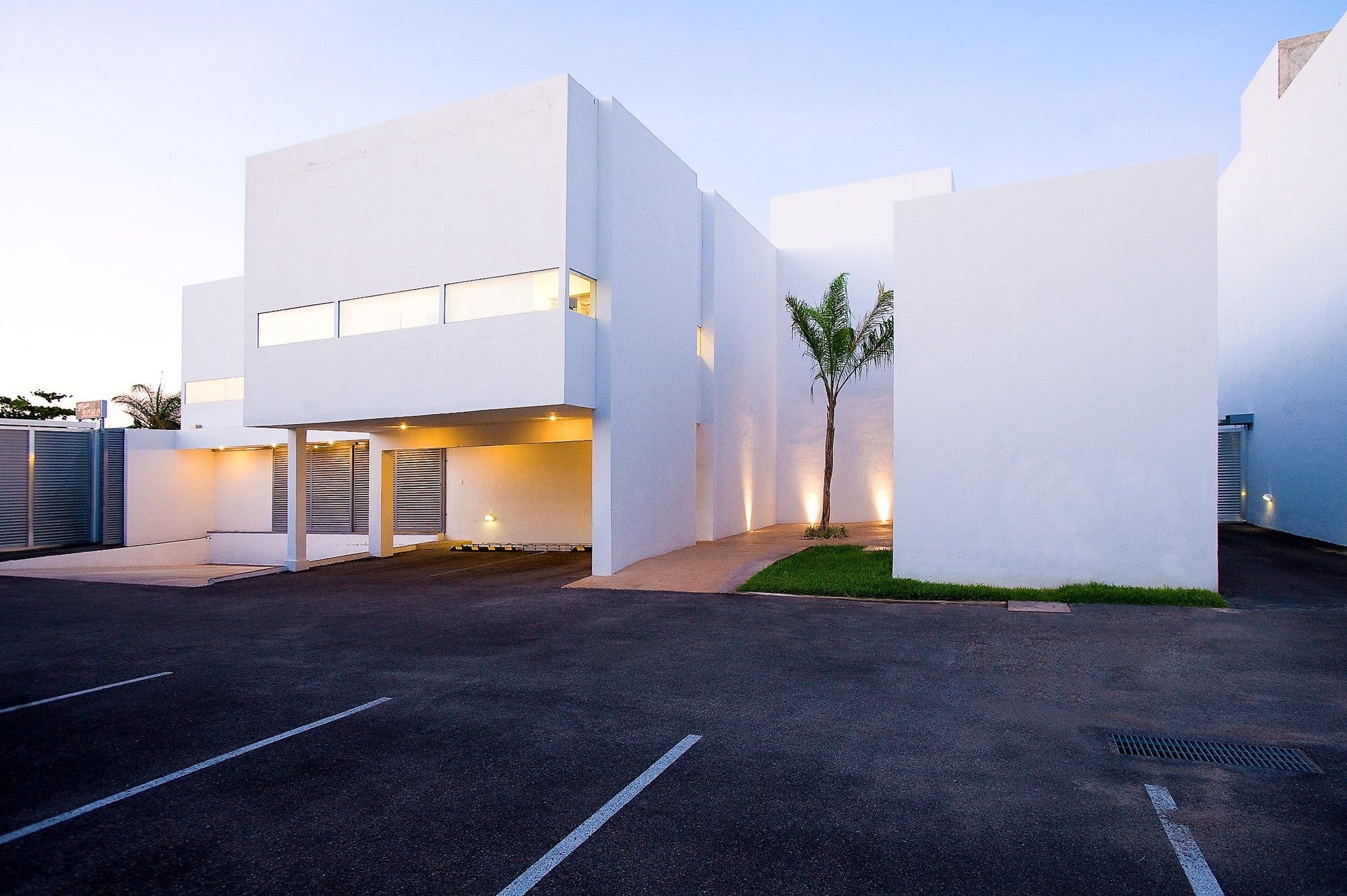 Macrocel / Seijo Peón Arquitectos
