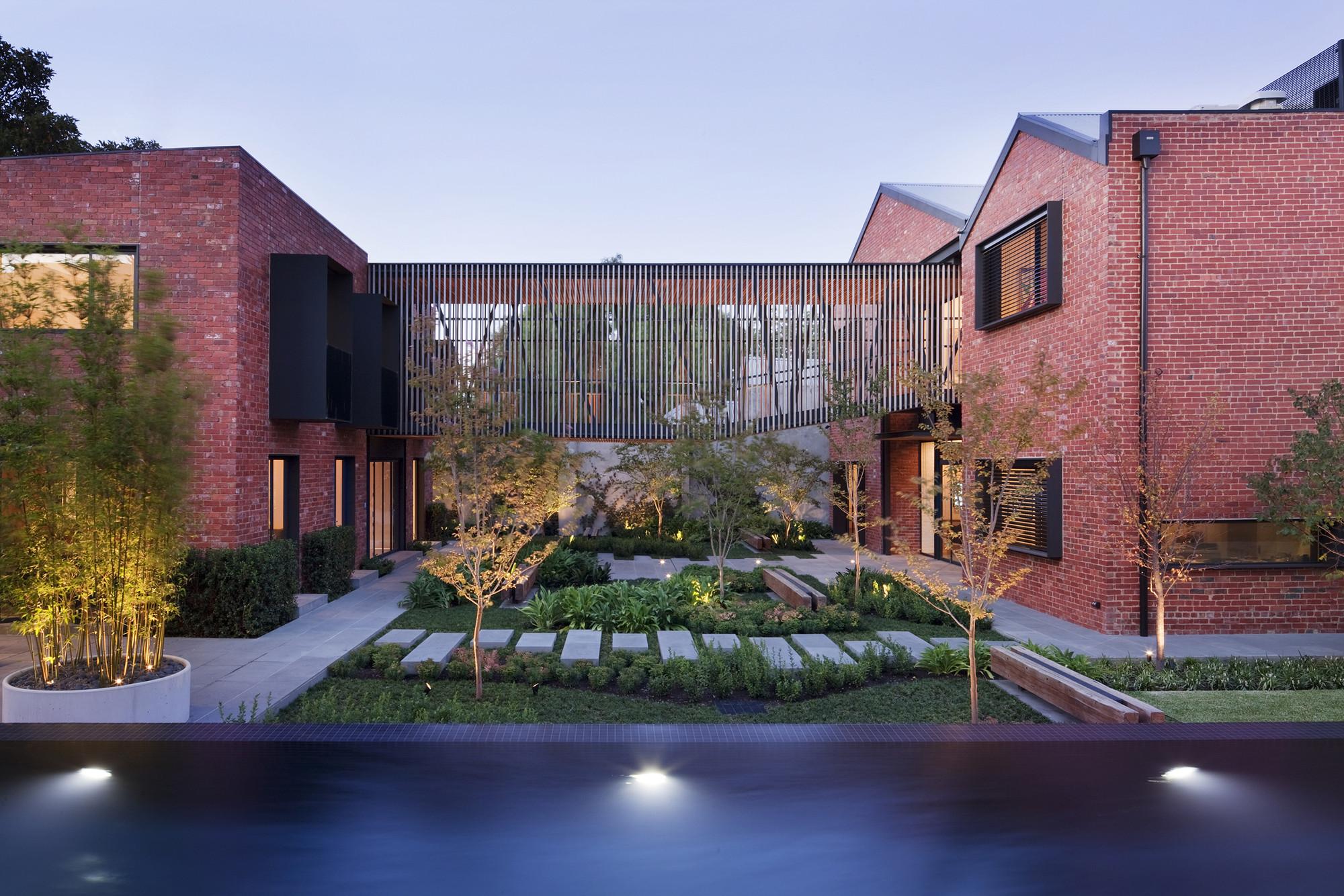 Golden Crust Bakery / Jackson Clements Burrows Architects, © Shannon McGrath