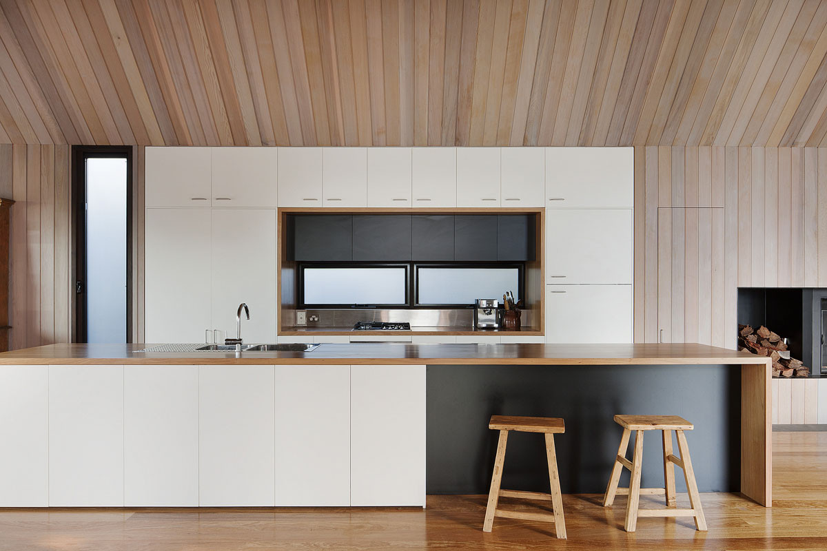 Gallery of seaview house jackson clements burrows for Kitchen cabinets jackson