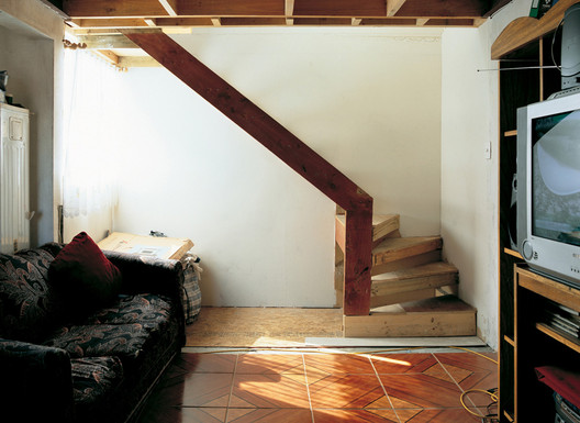 Quinta Monroy interior after occupation. © Cristobal Palma