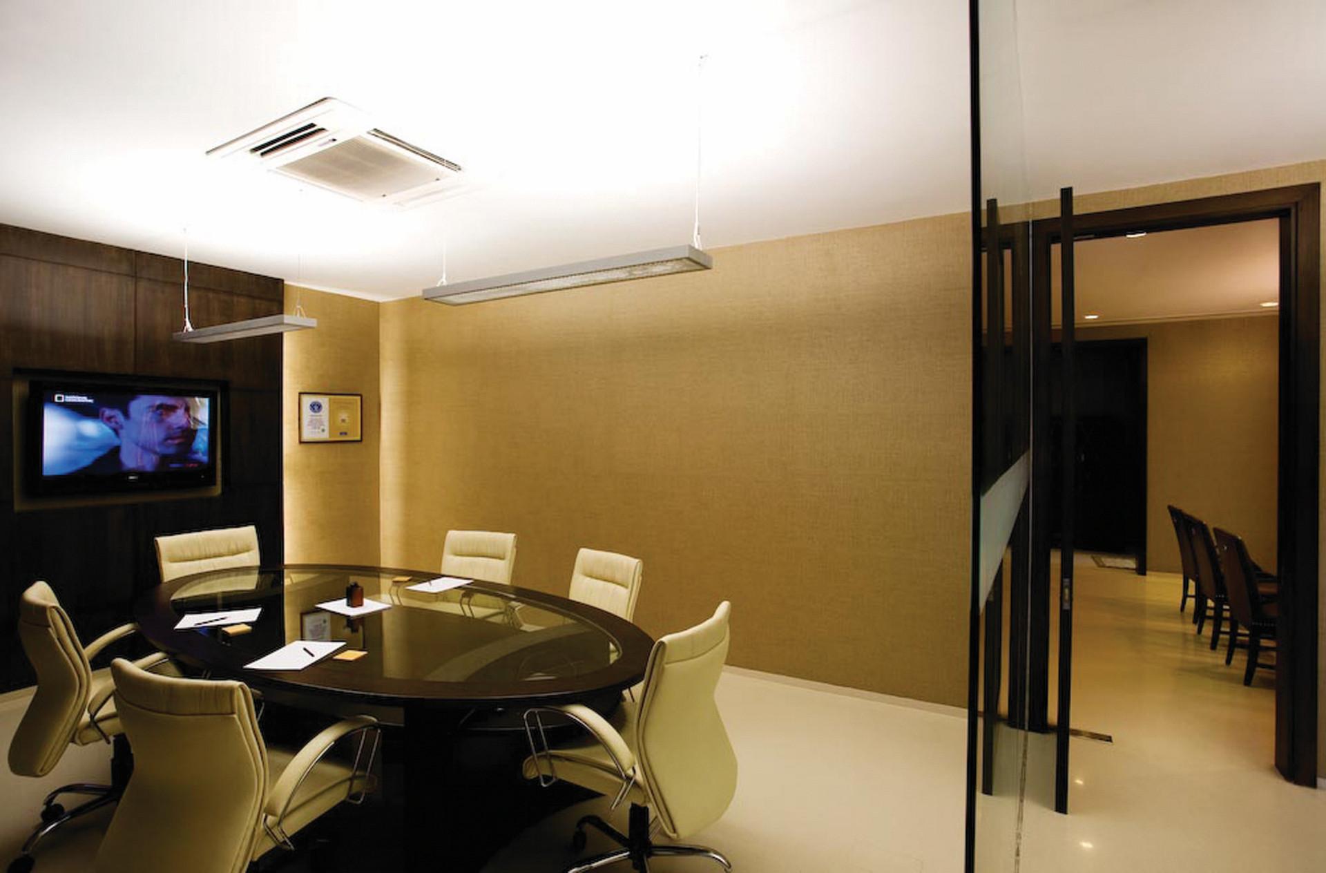 Office for Crayons / IAAD