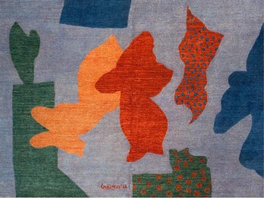 Gehry, Graves, Hadid, McCurry, Stern y Tigerman diseñan alfombras en ayuda a las mujeres de Afganistán, Cortesia de Coalesse.com