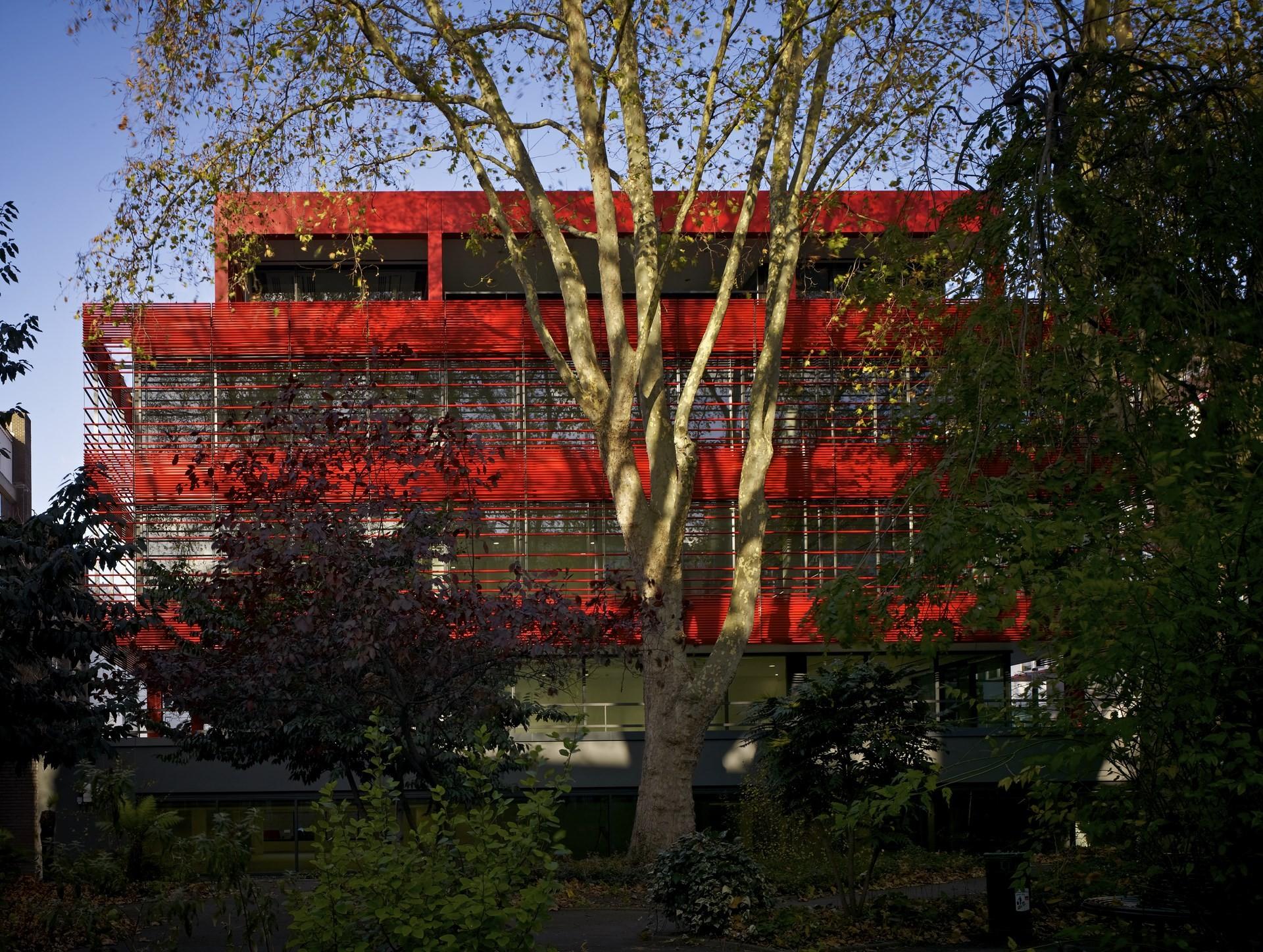 Kurt Geiger Headquarters Building / Archer Architects