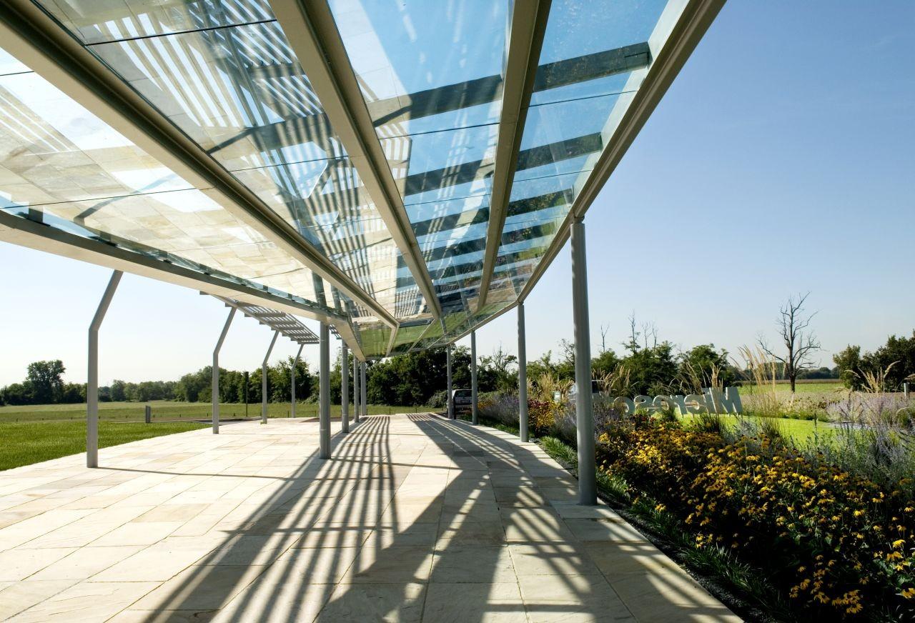 Microsoft Milan / Flores & Prats
