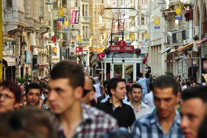 Istiklal Caddesi in Istanbul, Turkey © Karissa Rosenfield