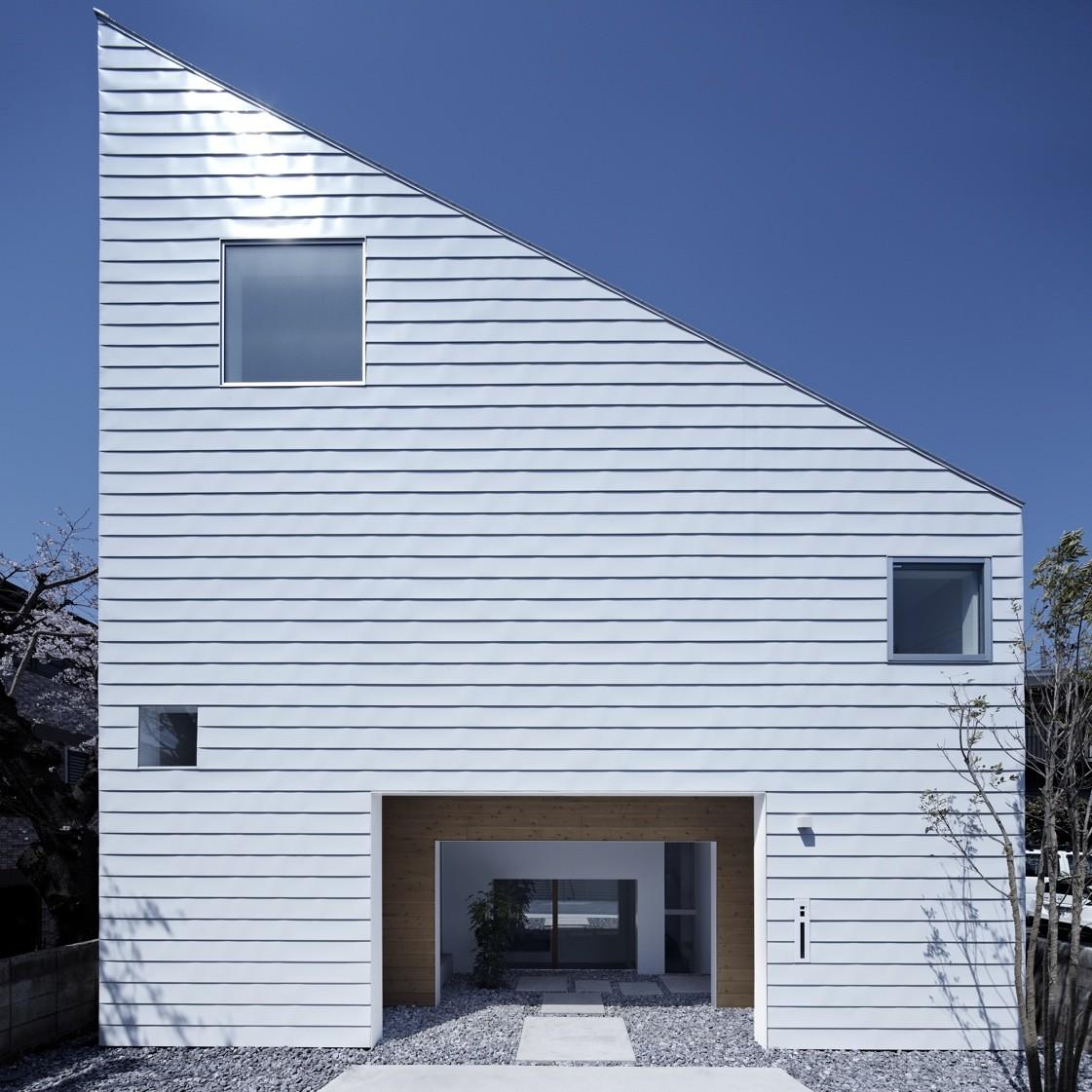 House in Shimoda-Chou / EANA, © Koichi Torimura