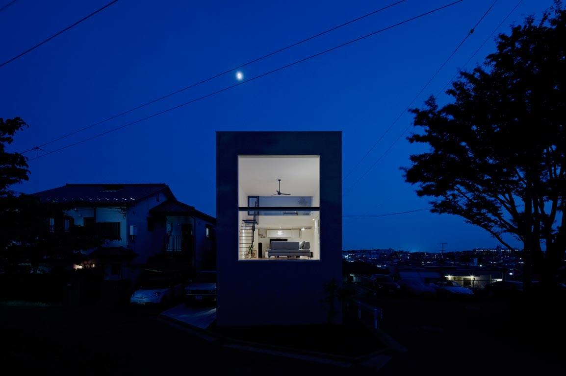 House in Hiyoshi / EANA