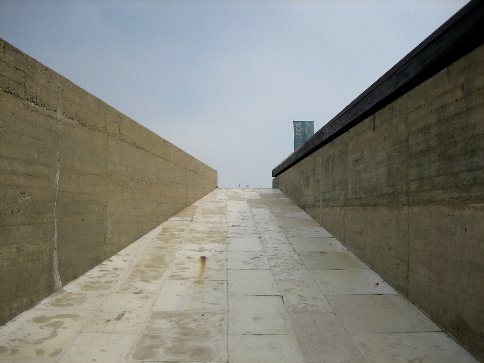Gallery of ad classics le a swimming pools lvaro siza vieira 3 for Alvaro siza leca swimming pools