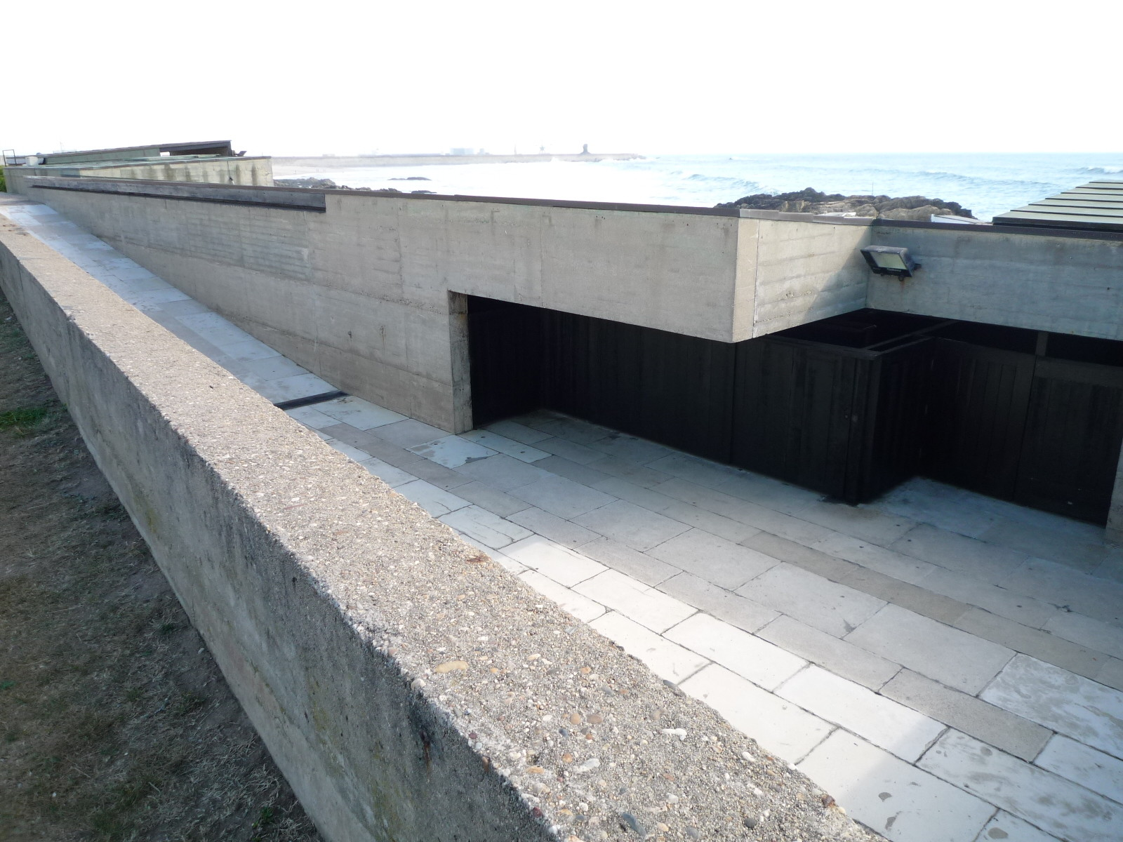 Gallery of ad classics le a swimming pools lvaro siza vieira 15 for Alvaro siza leca swimming pools