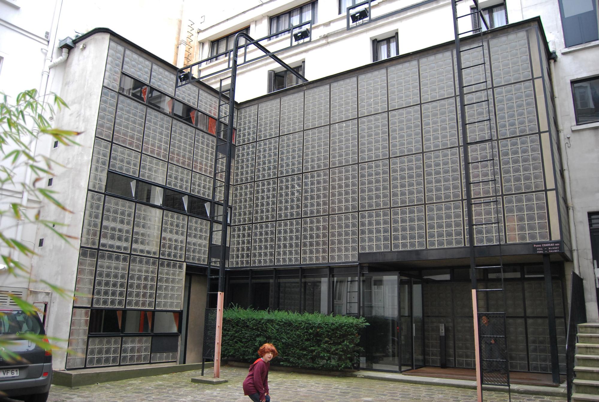 Gallery of ad classics maison de verre pierre chareau - Maison de verre paris visite ...
