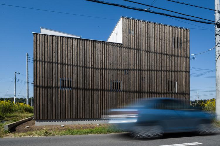 Casa que se abre al interior / Florian Busch Architects, Cortesía de Florian Busch Architects