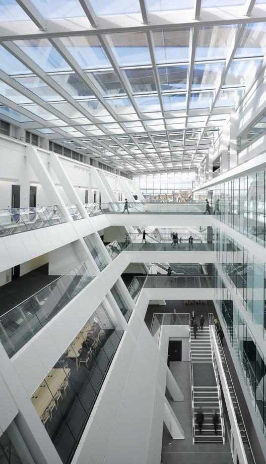 Holland park school aedas archdaily - Interior design colleges in london ...