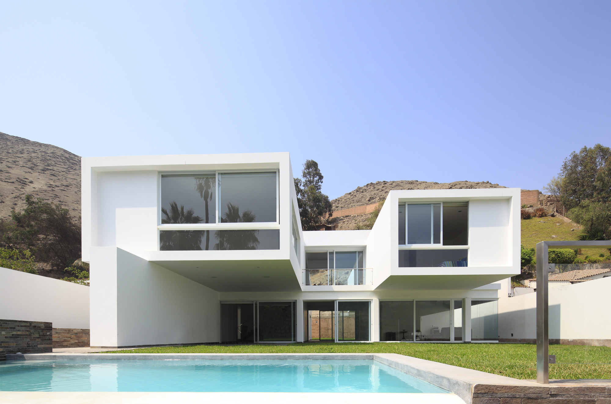 Gallery of golf house seinfeld arquitectos 1 for Casa de arquitectos