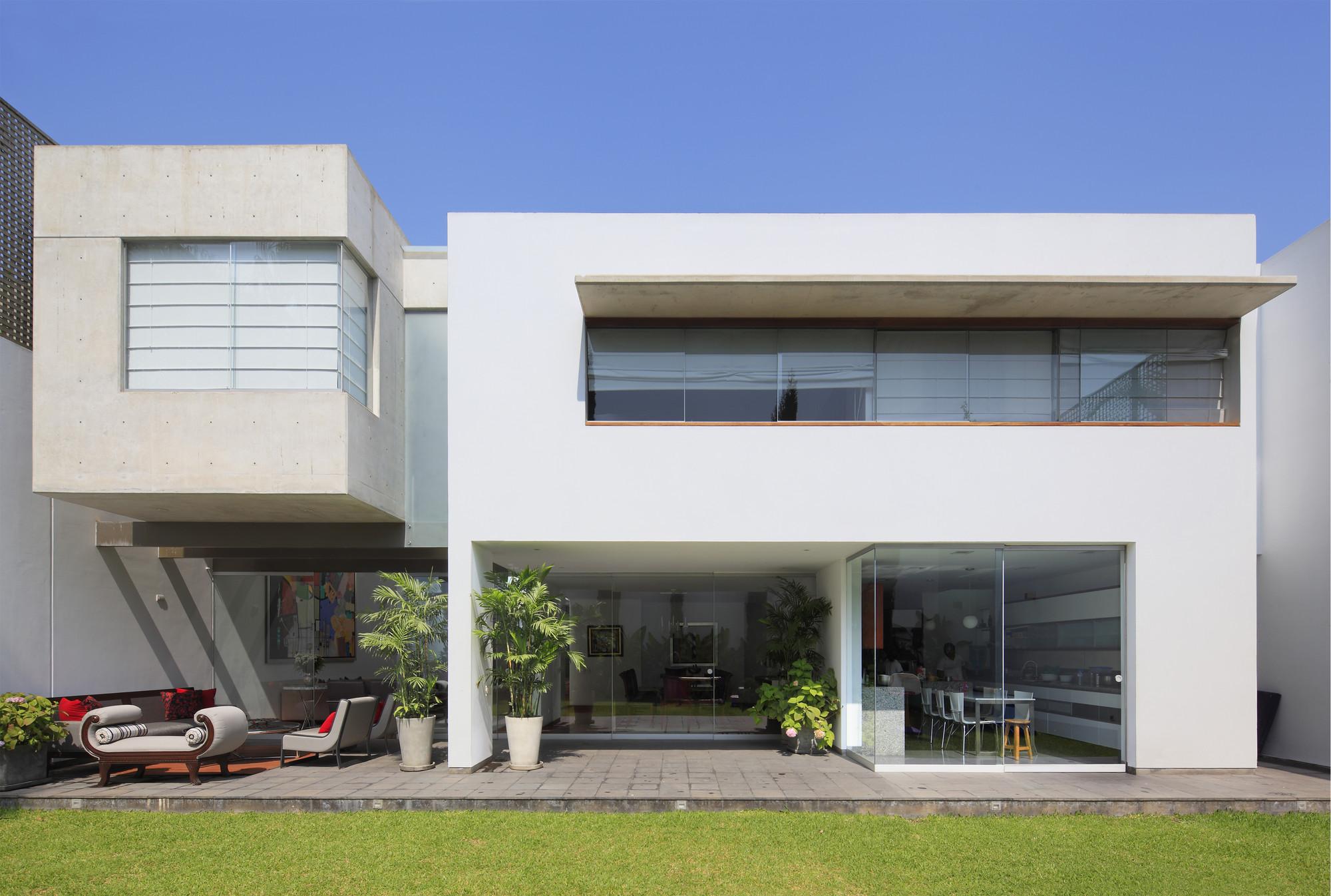 Patio House / Seinfeld Arquitectos, © Juan Solano