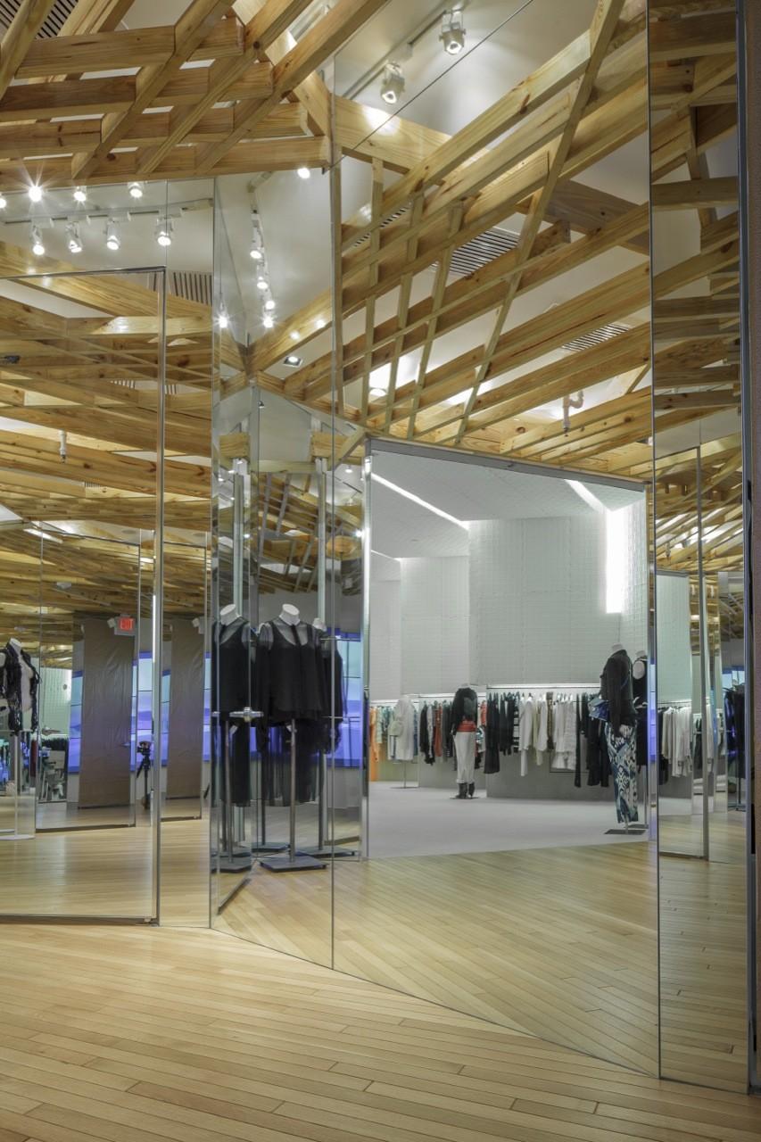 Alchemist Concept Store / Rene Gonzalez Architect