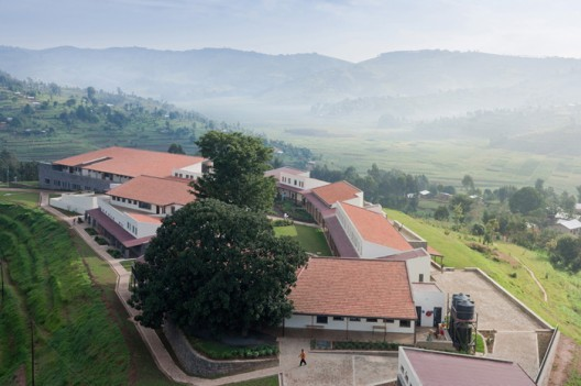 Butaro Hospital / MASS Design Group © Iwan Baan