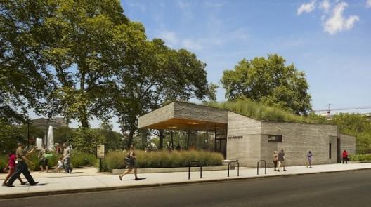 Sister Cities Park & Pavilion, Philadelphia / DIGSAU, credit: Todd Mason/Halkin Photography