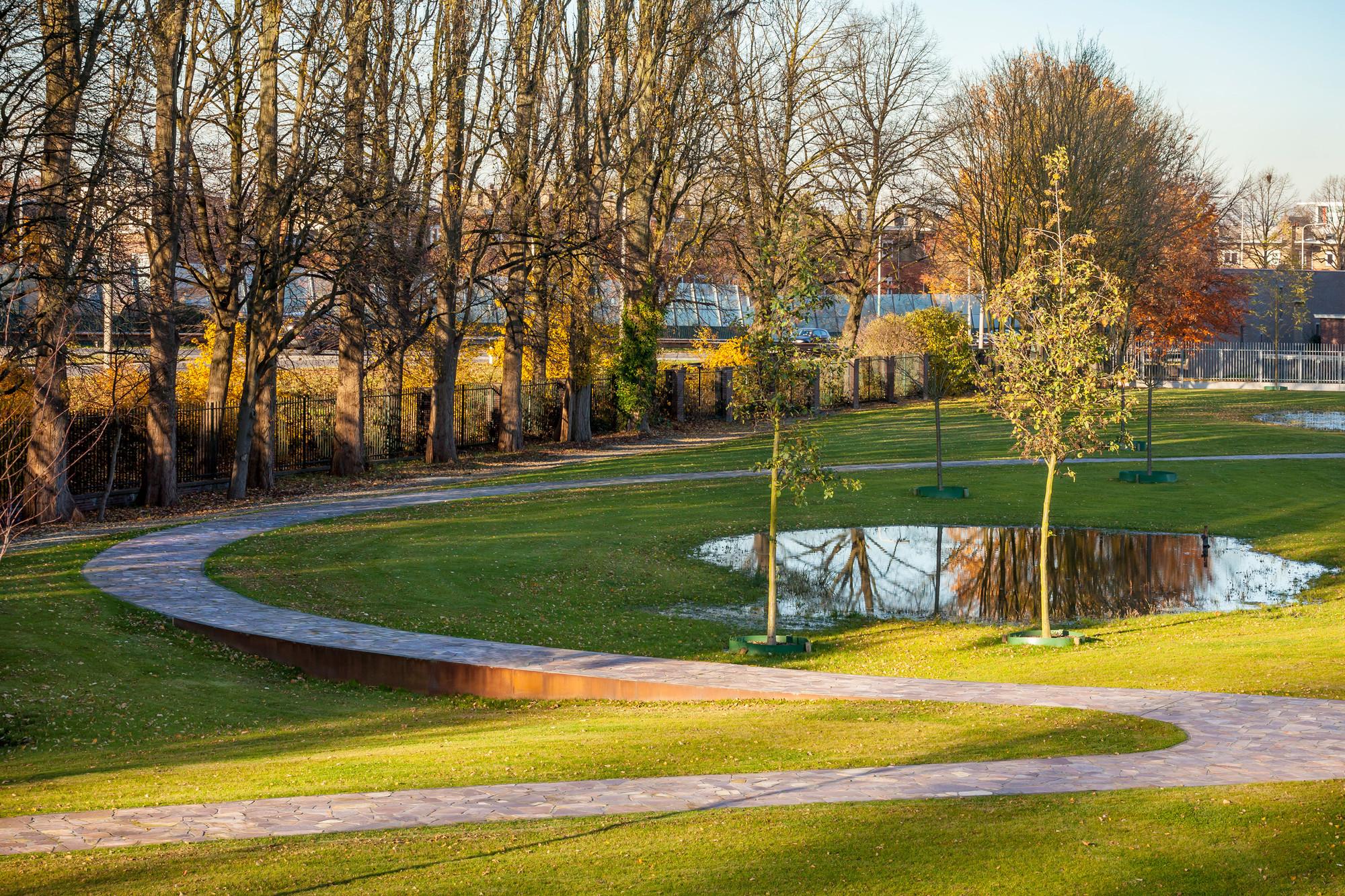 Gallery of kromhout barracks karres en brands meyer en for Residential landscape architecture