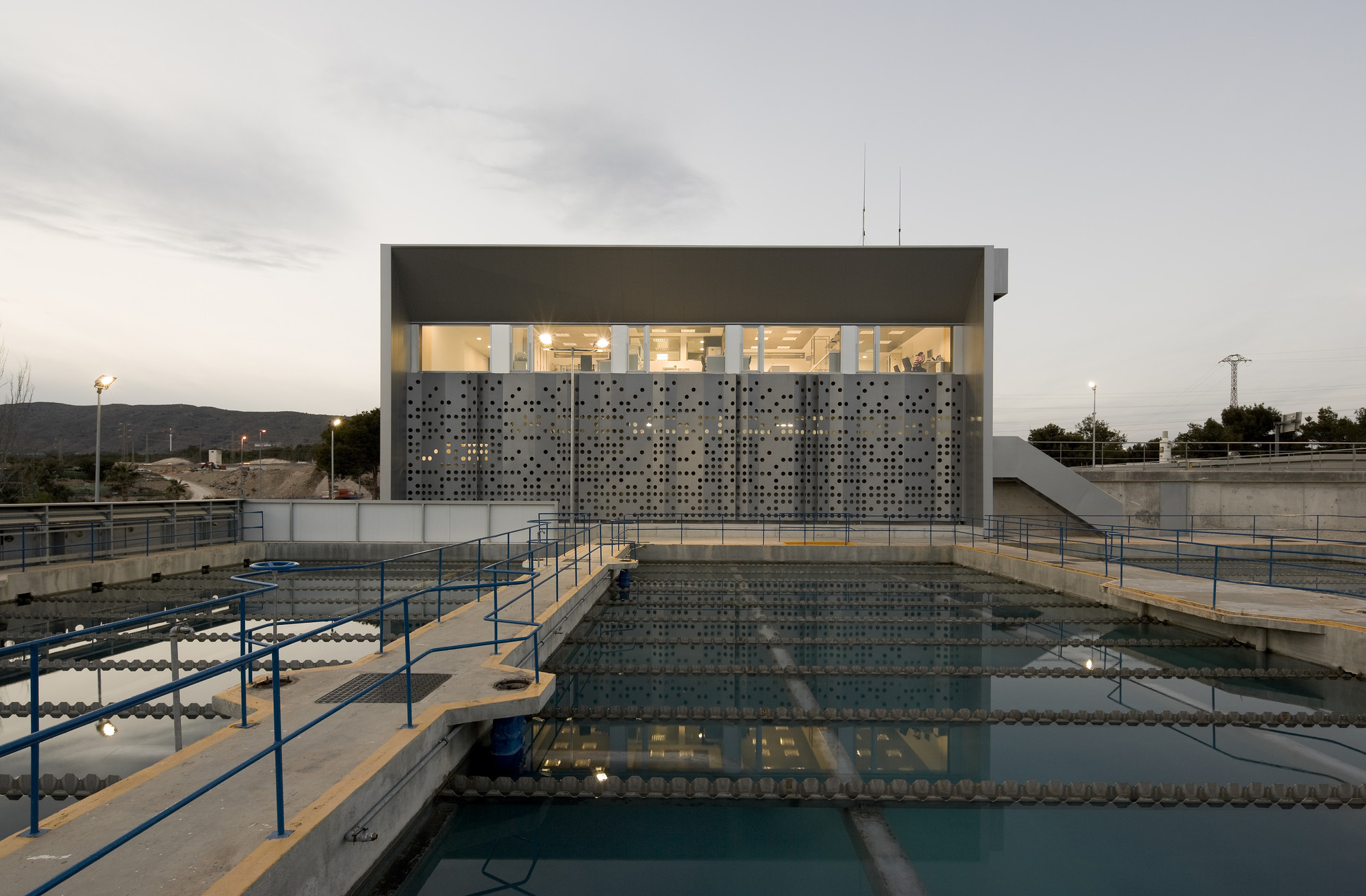Water Treatment Station of Benidorm / Otxotorena, © Pedro Pegenaute