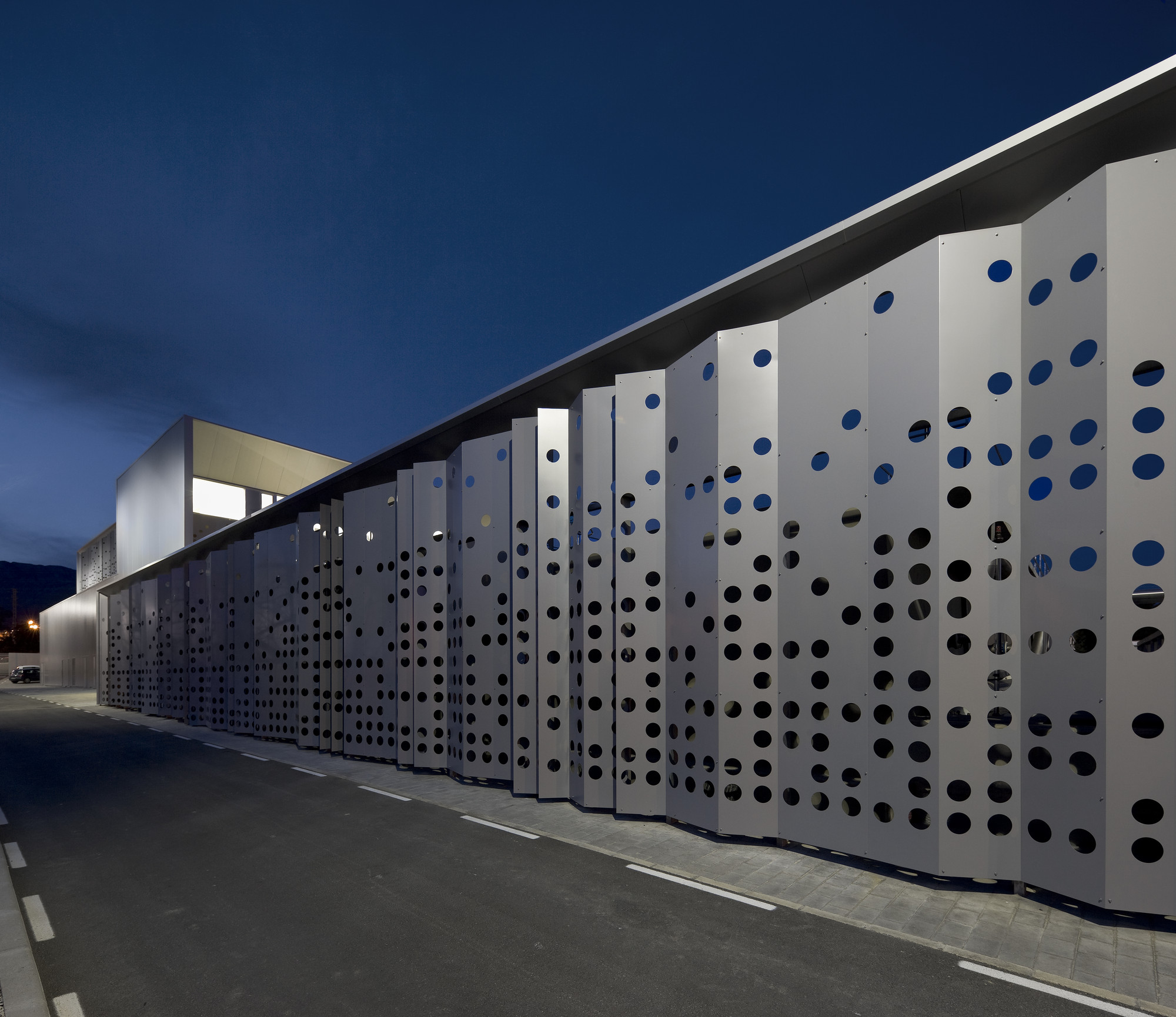 Water Treatment Station of Benidorm / Otxotorena